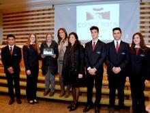 Alunni dell' Istituto Polispecialistico San Paolo di Sorrento con prof. Giovanna Milano con il vice sindaco di Sant'Agnello Clara Accardi