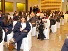 La docente dell'Istituto Alberghiero di Vico Equense Marinella Criscuolo e la presidente della Cyprea Cecilia Coppola